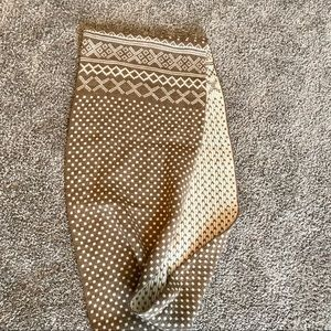 Accessories - tan patterned scarf